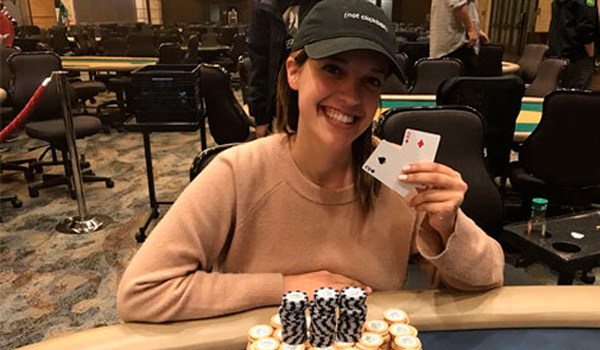Кэт Вальдес выгнали из-за покерного стола на WSOP